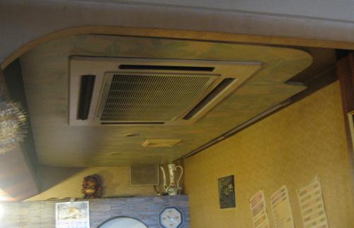 水漏れ 業務用エアコン